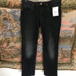 Twenty 8 Twelve Straight Legs Jeans